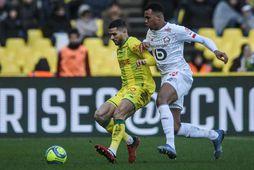 Gabriel Magalhaes, til hægri, í leik með Lille gegn Nantes.