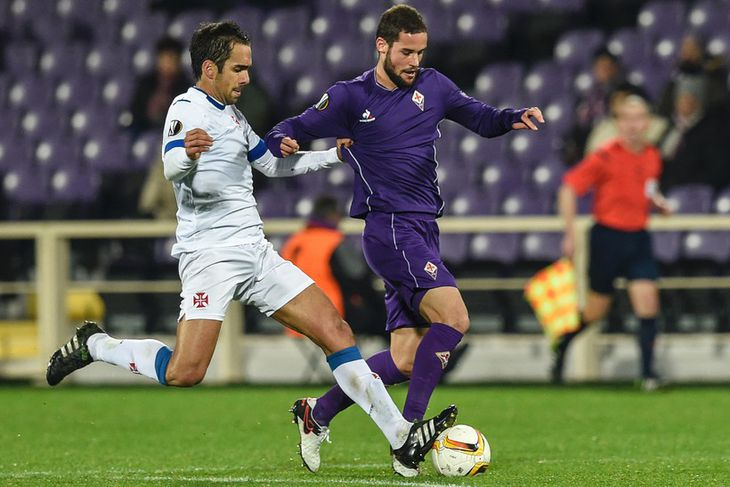 Mario Suárez, til hægri, er kominn til Watford frá Fiorentina á Ítalíu. Hann er 28 ...