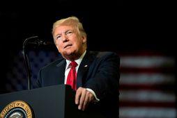 Donald Trump, forseti Bandaríkjanna, á kosningafundi í Missouri-ríki í gær.