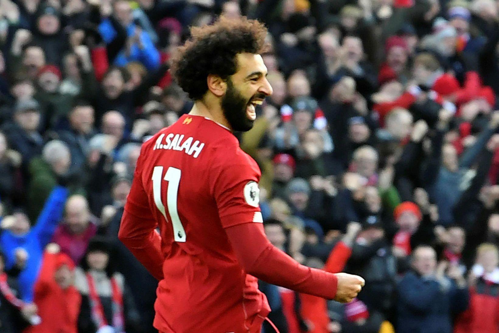 Tveggja marka hetjan. Mohamed Salah fagnar fyrsta marki sínu á …