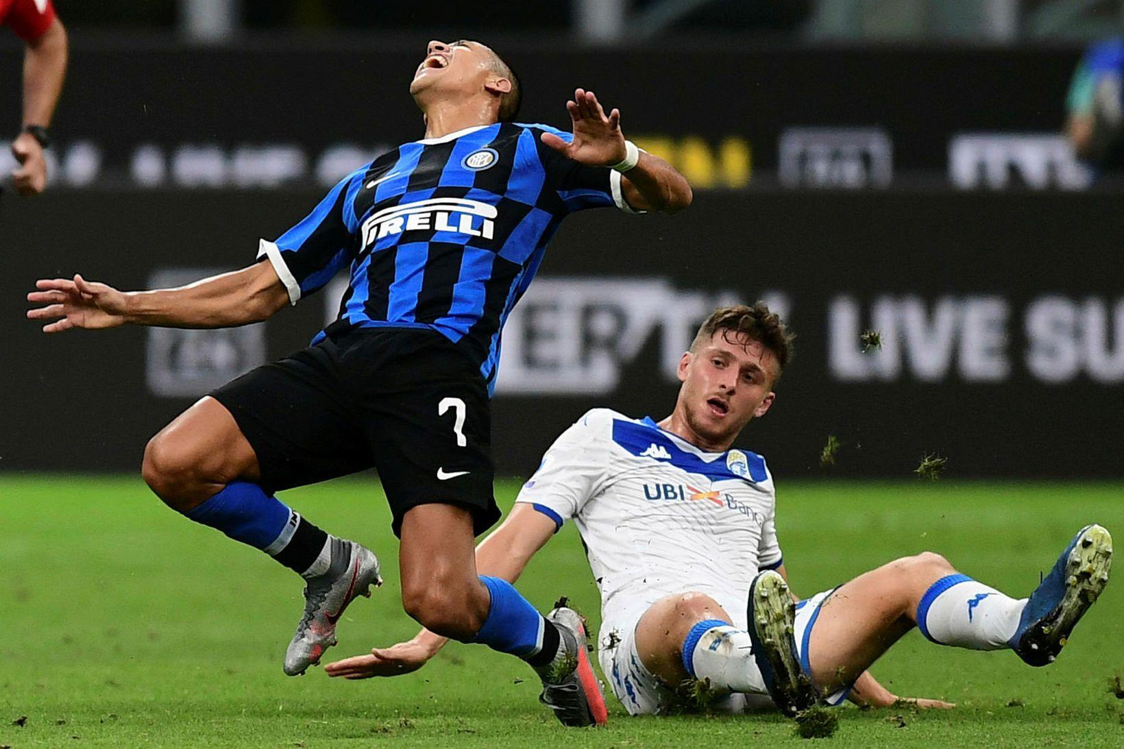 Sílemaðurinn Alexis Sánchez gengur endanlega í raðir Inter á morgun.