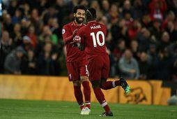 Sadio Mané og Mohamed Salah eru ekki að fara neitt samkvæmt innanbúðarmanni hjá Liverpool.