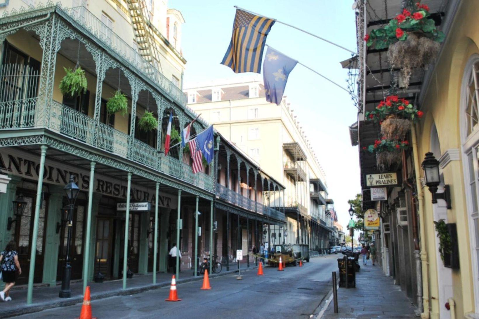 Skotárásin átti sér stað franska hverfinu í New Orleans sem …