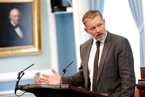 Þorsteinn Víglundsson, þingmaður Viðreisnar, er fyrsti flutningsmaður frumvarpsins.