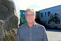 Hafsteinn Karlsson er skólastjóri Salaskóla. Starfsmaður skólans greindist í gær með kórónuveiruna.