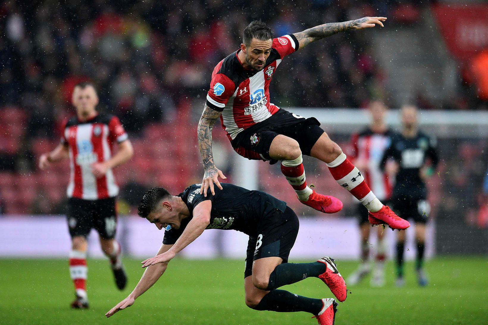 Úr leik Southampton og Burnley.