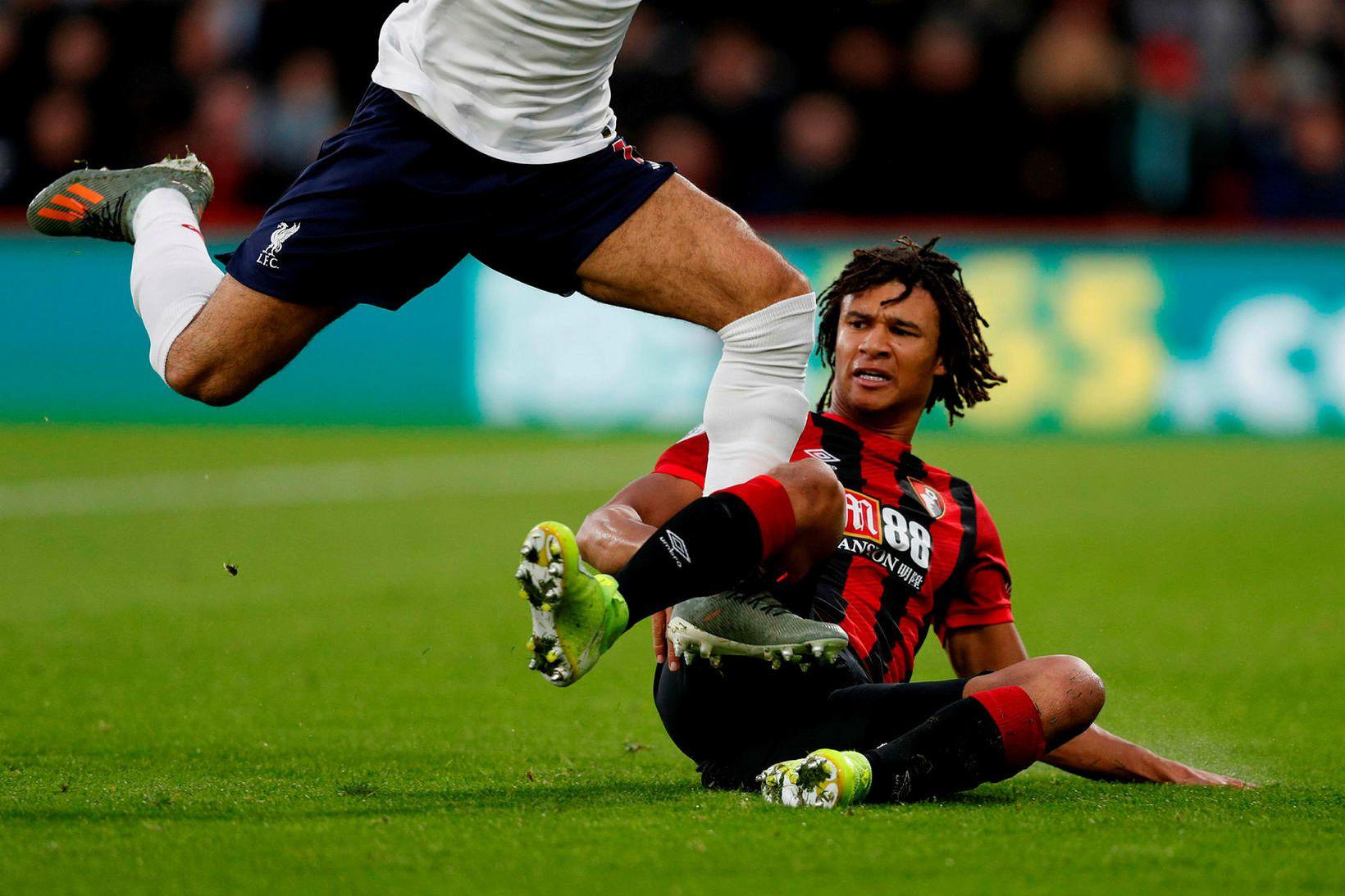 Nathan Aké í leiknum gegn Liverpool um síðustu helgi.