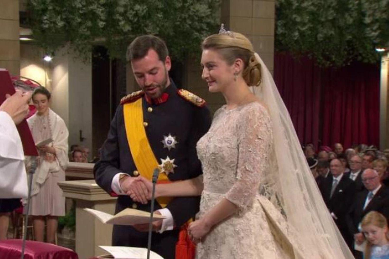 Guillaume krónprins og Stephanie greifynja eiga von á barni.
