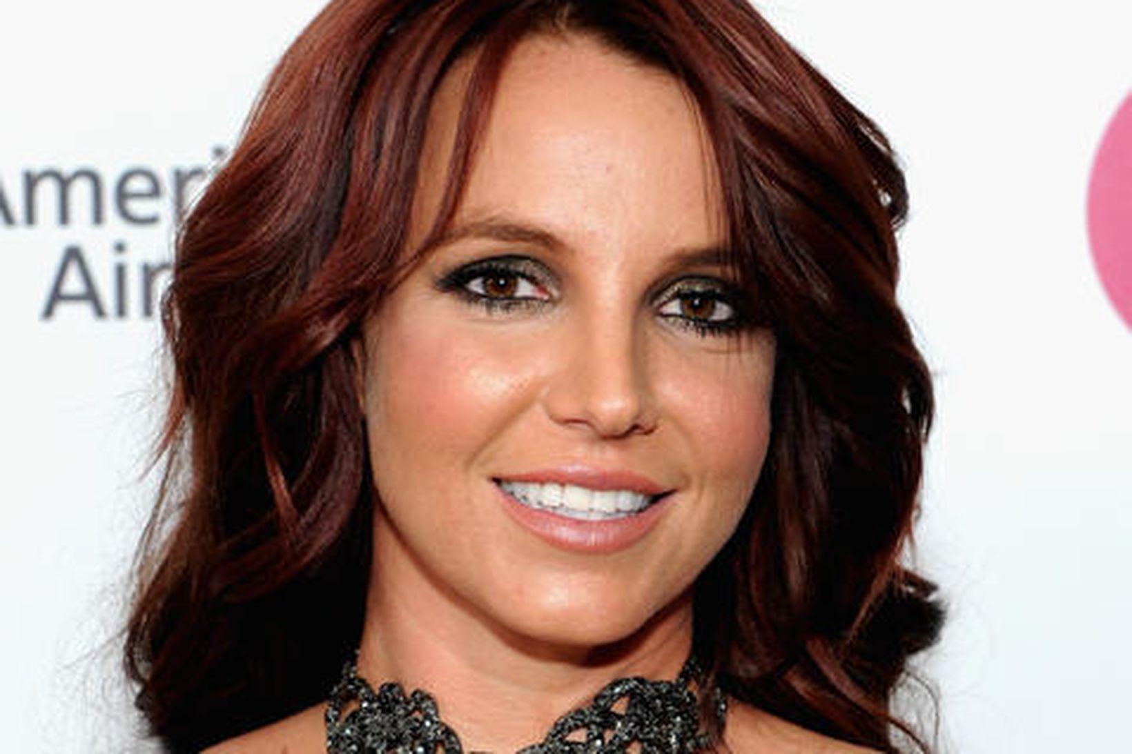 Britney Spears með dökkt hár fyrir nokkrum árum. Stjarnan er …