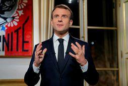 Emmanuel Macron Frakklandsforseti flytur áramótaávarp sitt í kvöld.