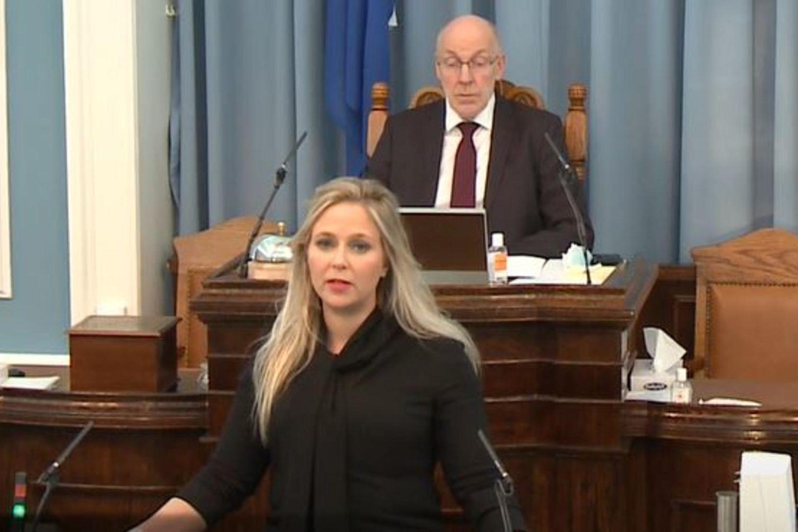 Sara Elísa Þórðardóttir á Alþingi í dag.