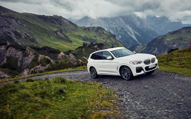 Tengiltvinnbíllinn BMW X3 phev