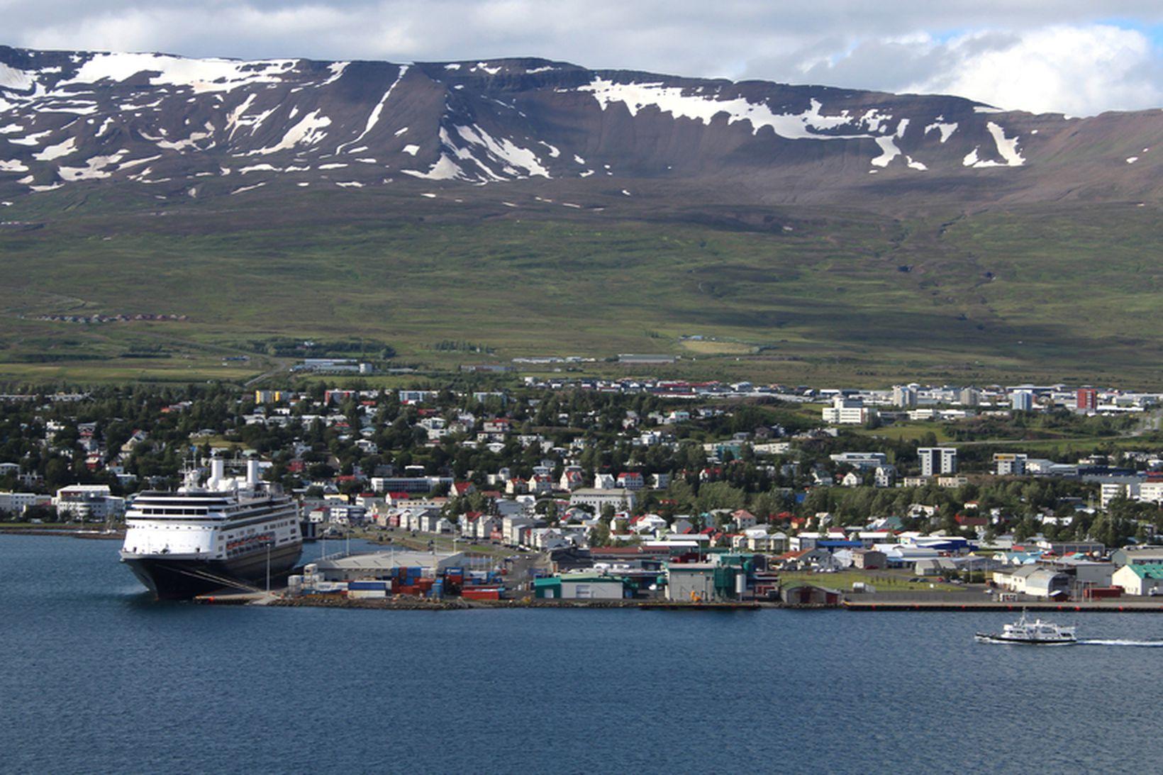 Velferðarráðherra horfir sérstaklega til Akureyrar varðandi viðtöku flóttamanna.