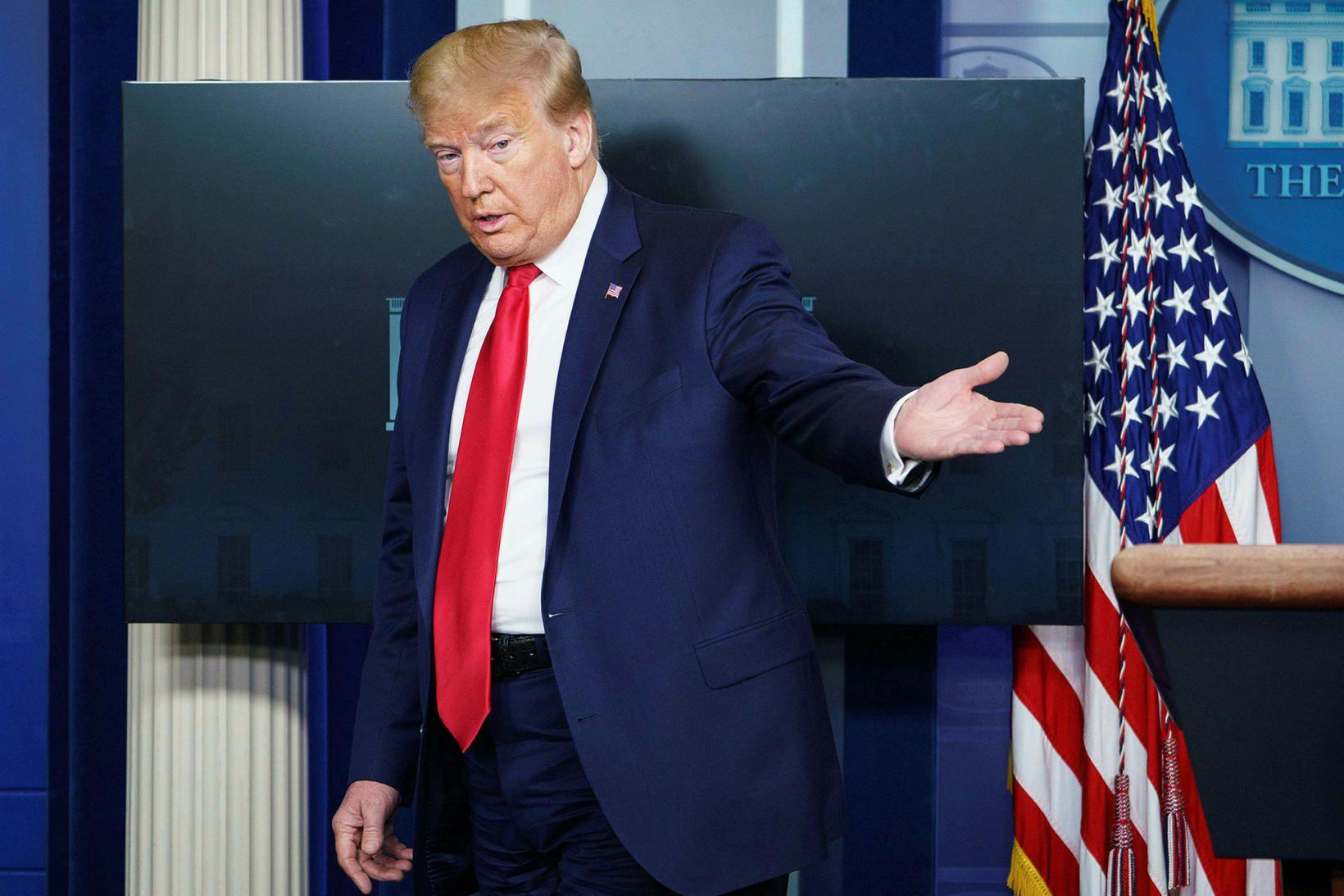 Sérstaka athygli vakti svo þegar Donald Trump Bandaríkjaforseti sagðist taka …