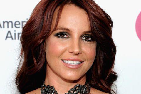 Britney Spears með dökkt hár fyrir nokkrum árum. Stjarnan er aftur komin með dökkt hár.