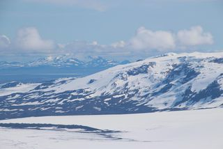 Bárðarbunga lies under Iceland's famous Vatnajökull glacier.