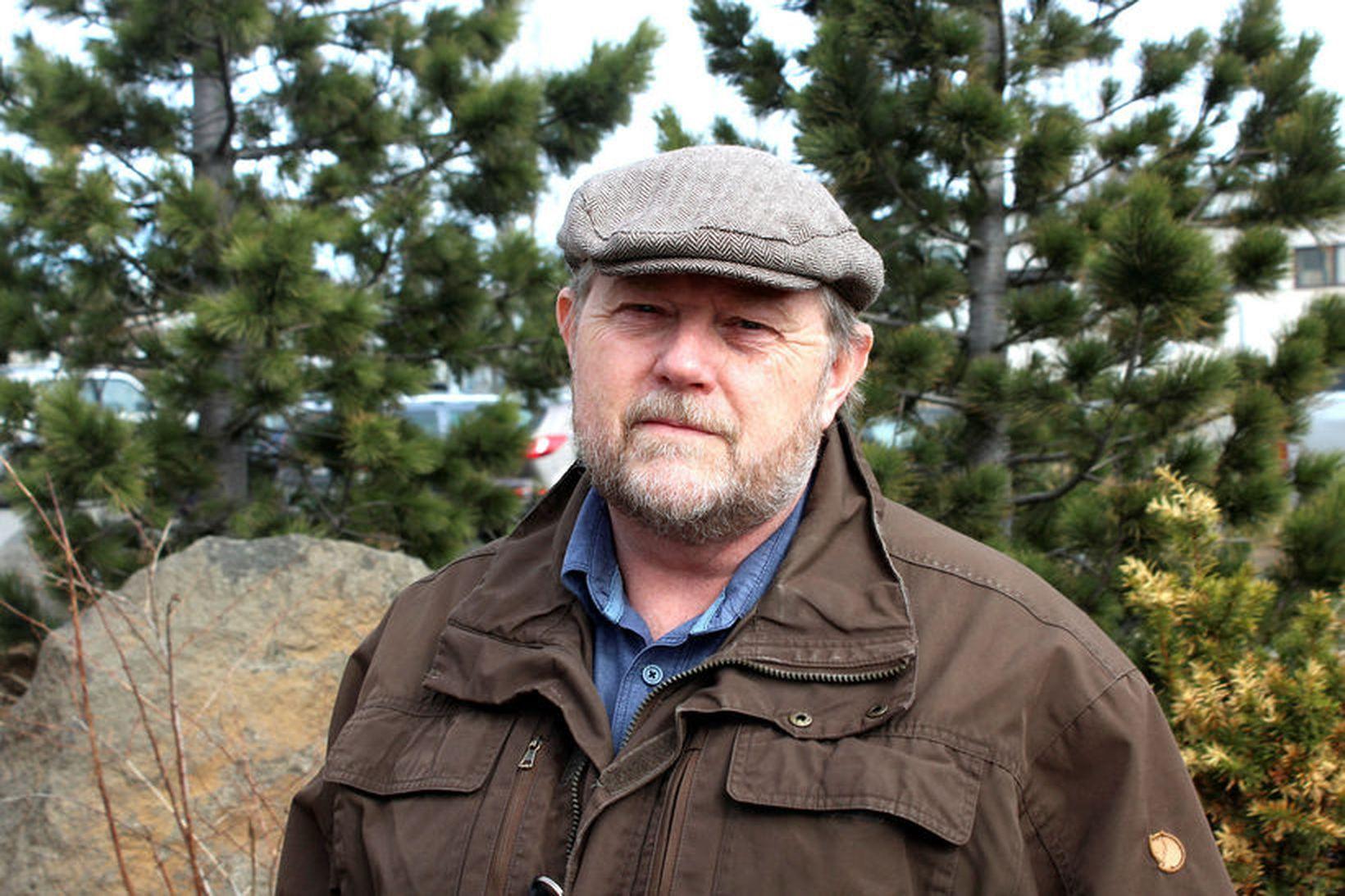 Þröstur Eysteinsson skógræktarstjóri.