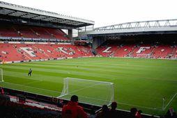 Anfield, heimavöllur Liverpool.