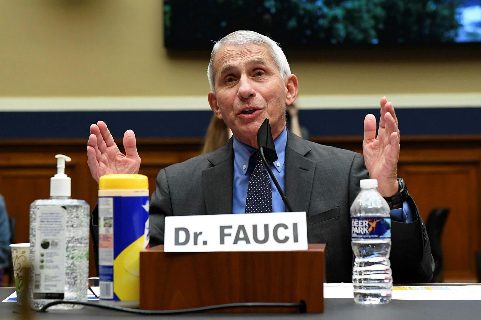Anthony Fauci hefur leitt sóttvarnarteymi Hvíta hússins.