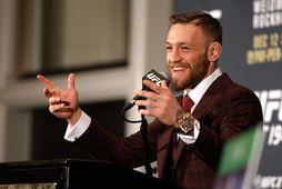 Conor McGregor á blaðamannafundi í MGM Grand Garden Arena í Las Vegas, Nevada, fyrir bardagann …