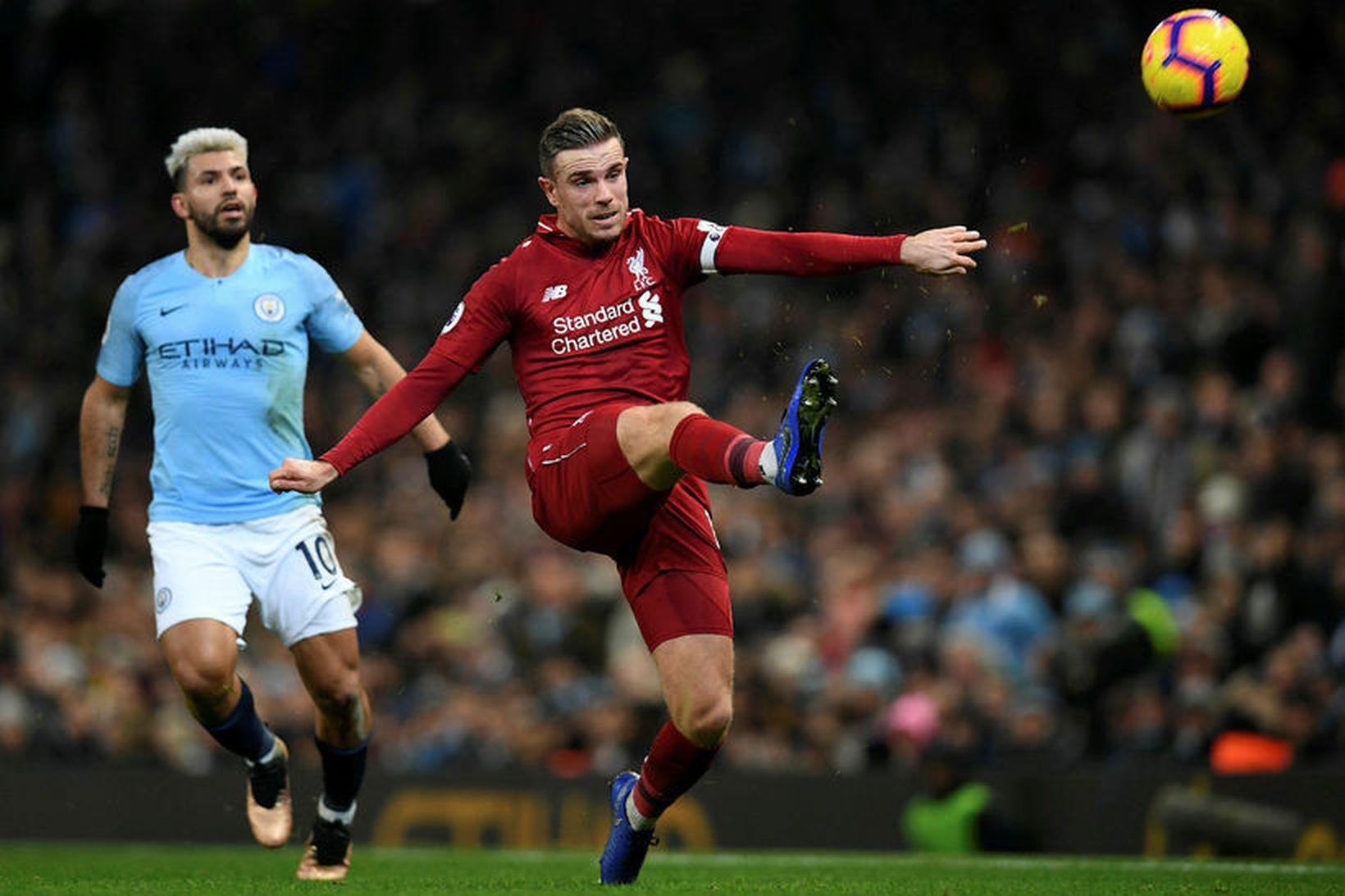 Jordan Henderson og félagar í Liverpool heimsækja Brighton í dag …
