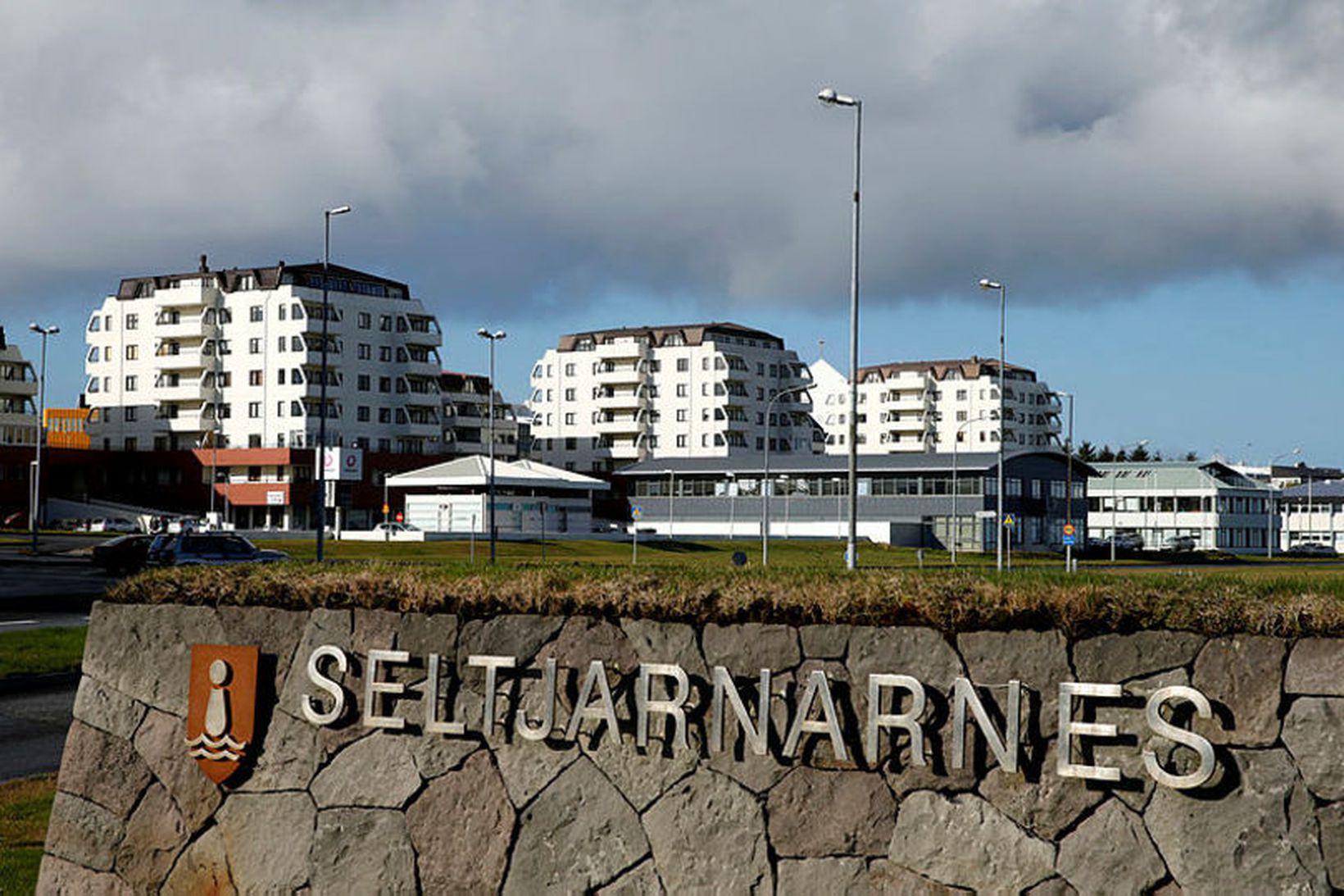 Þrátt fyrir að á Seltjarnanesi hafi leikskólagjöld hækkað mest á …