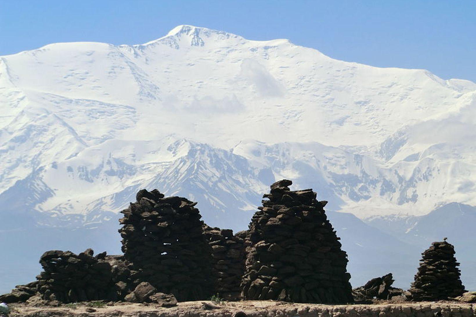 Leníntindur í Pamírfjöllum í Kyrgístan.