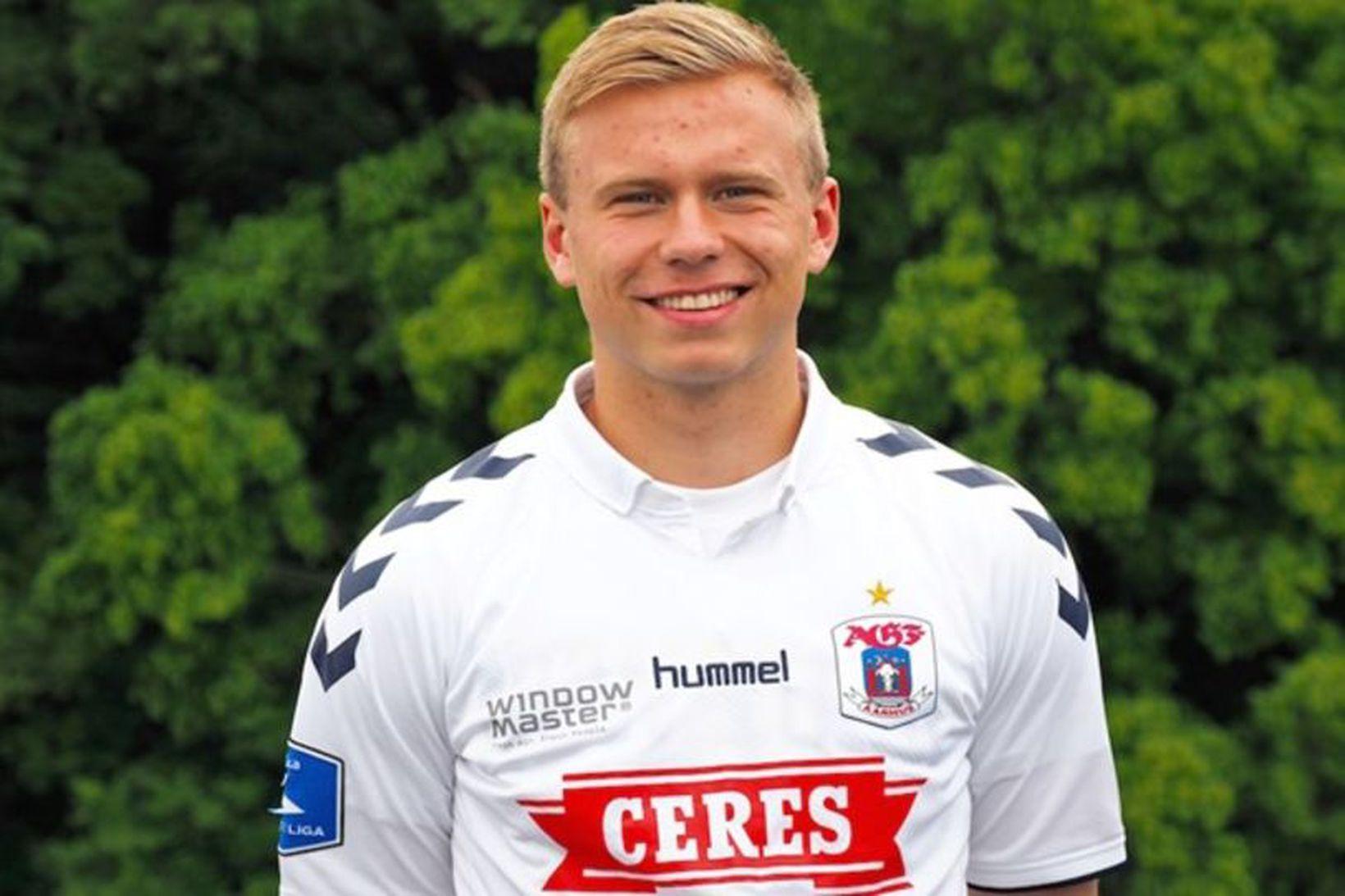 Jón Dagur Þorsteinsson í treyju AGF.