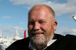 Arthur Bogason, formaður landssambands smábátaeigenda, segir ekki boðlegt að aðeins eitt varðskip sé tiltækt.