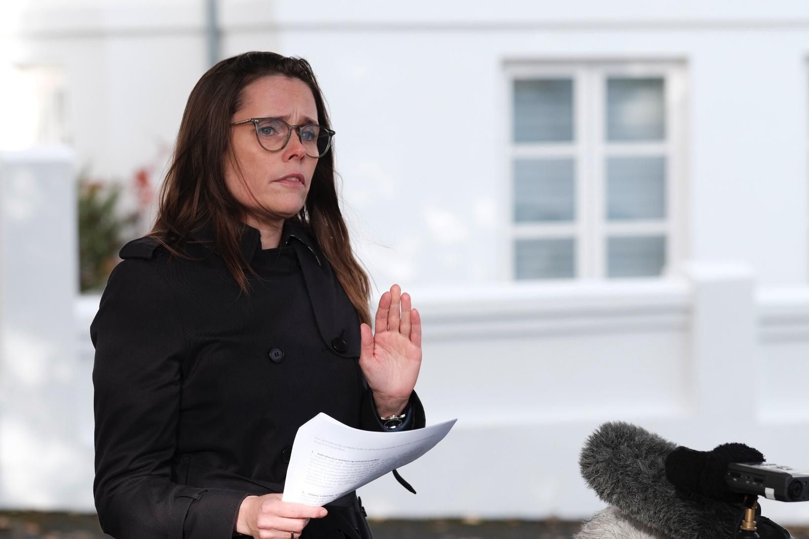 Katrín Jakobsdóttir forsætisráðherra kynnir aðgerðir stjórnvalda.