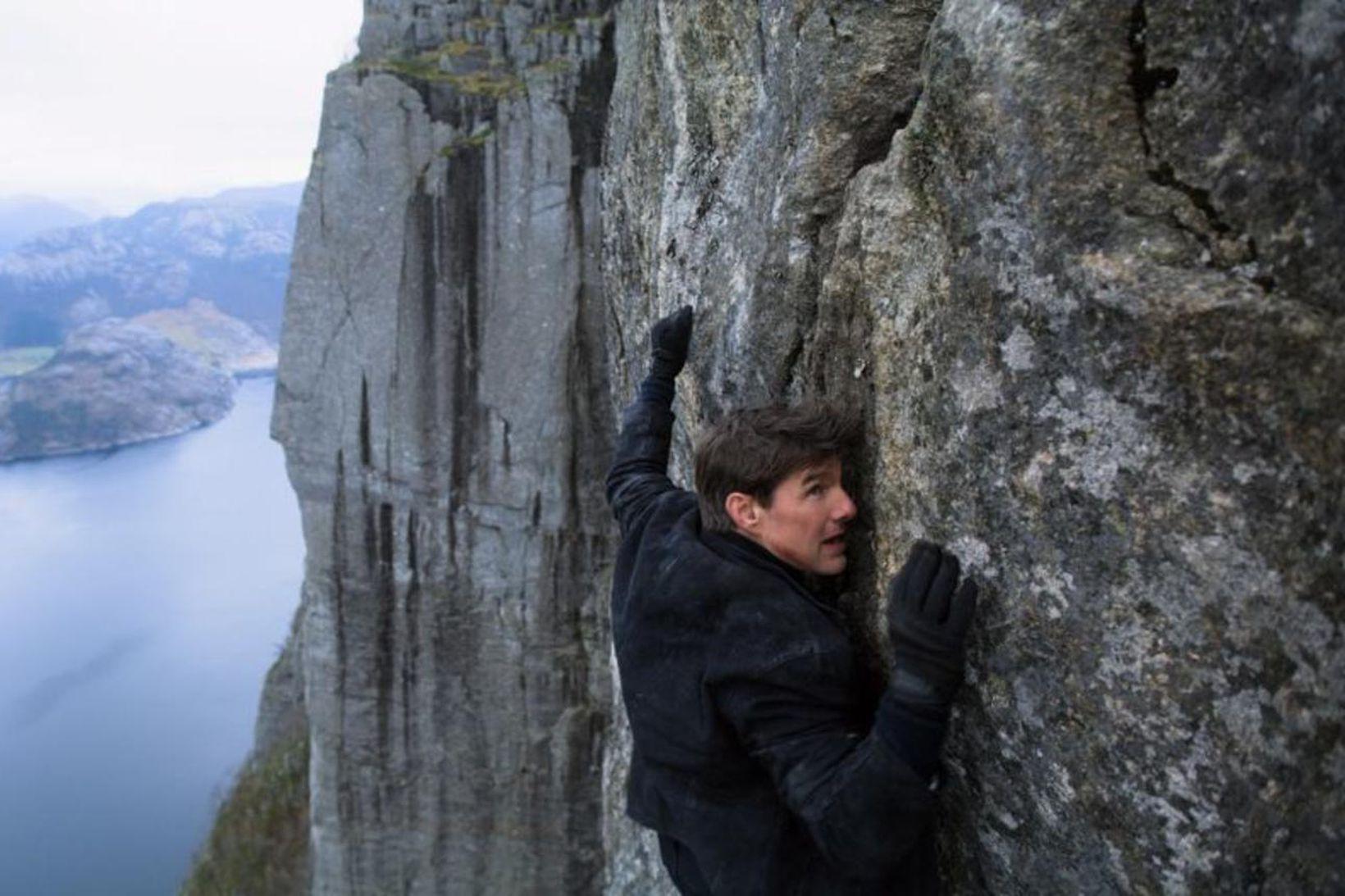 Tom Cruise virðist eiga á brattann að sækja við að …