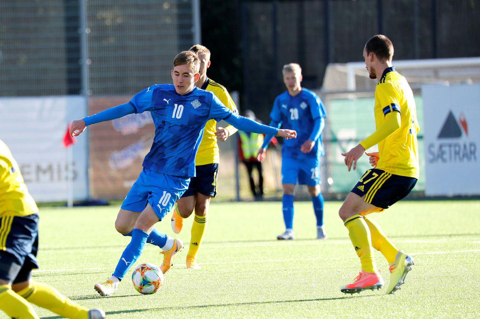 Ísak Bergmann Jóhannesson í leik með U21-árs landsliðinu á dögunum.