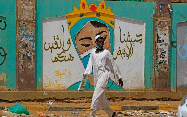 Endurskoðun laga Súdan kemur í kjölfar þess að Omar al-Bashir var komið frá völdum eftir …