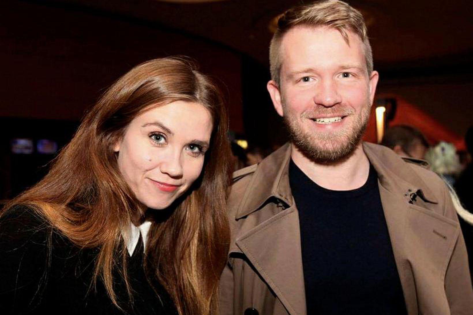 Viktoría Hermannsdóttir og Sóli Hólm eiga von á barni.