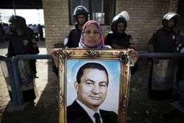 Það eru ekki margir Egyptar sem styðja Mubarak, en þeir eru þó til og sýndu ...