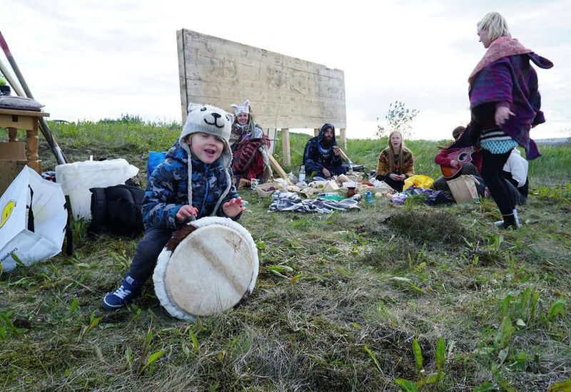 The Saturday events hosted by Sandar suðursins are open to the general public.