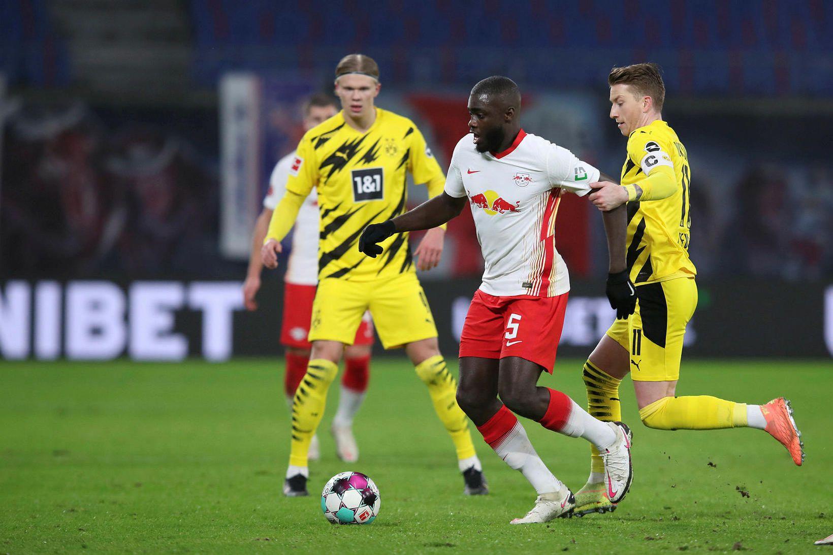 Dayot Upamecano í leik gegn Dortmund um helgina.