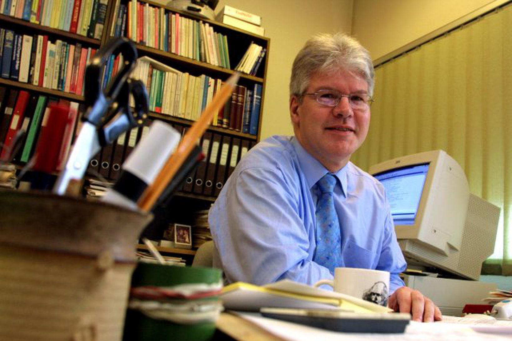 Ólafur Þ. Harðarson prófessor.