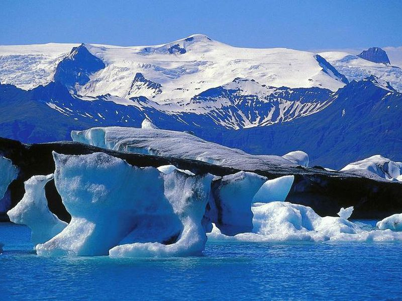 Jökulsárlón is one of Iceland's most stunning landmarks.