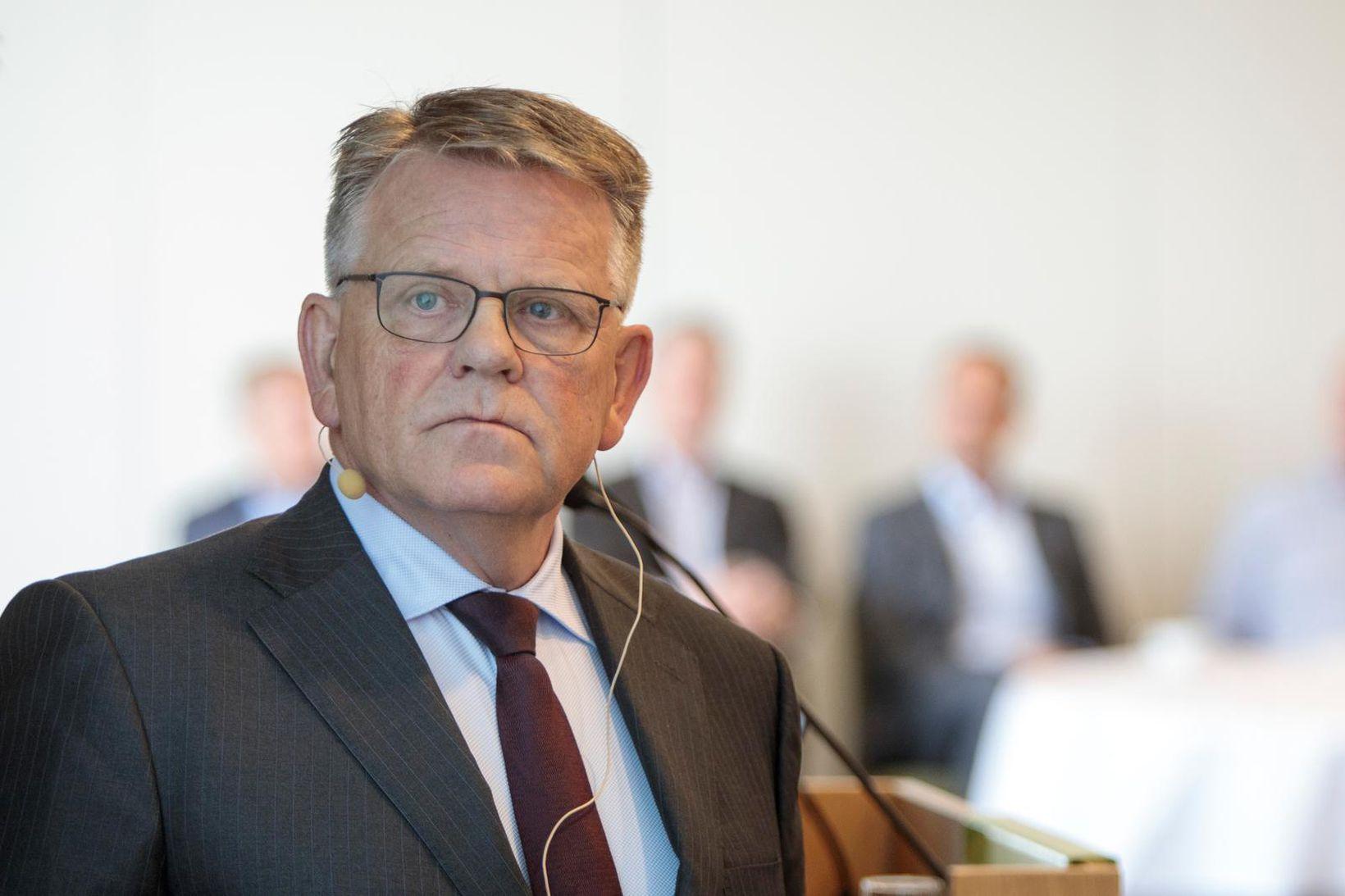 Björgólfur Jóhannsson, annar forstjóri Samherja, kveðst furða sig á því …