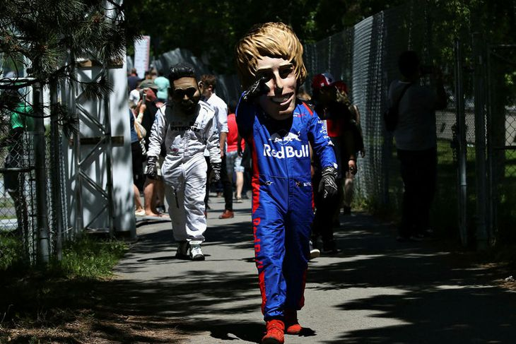 Í gervi Brendon Hartley hjá Toro Rosso í Montreal.