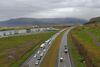 Bílaröðin nær upp að Mosfellsbæ