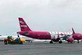 Kyrrsett Isavia hefur hótað því að bjóða upp vél Air Lease Corporation á Keflavíkurflugvelli nema félagið greiði að fullu 2 milljarða skuld WOW air.