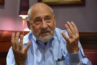 Joseph Stiglitz er einn þekktasti hagfræðingur heims.