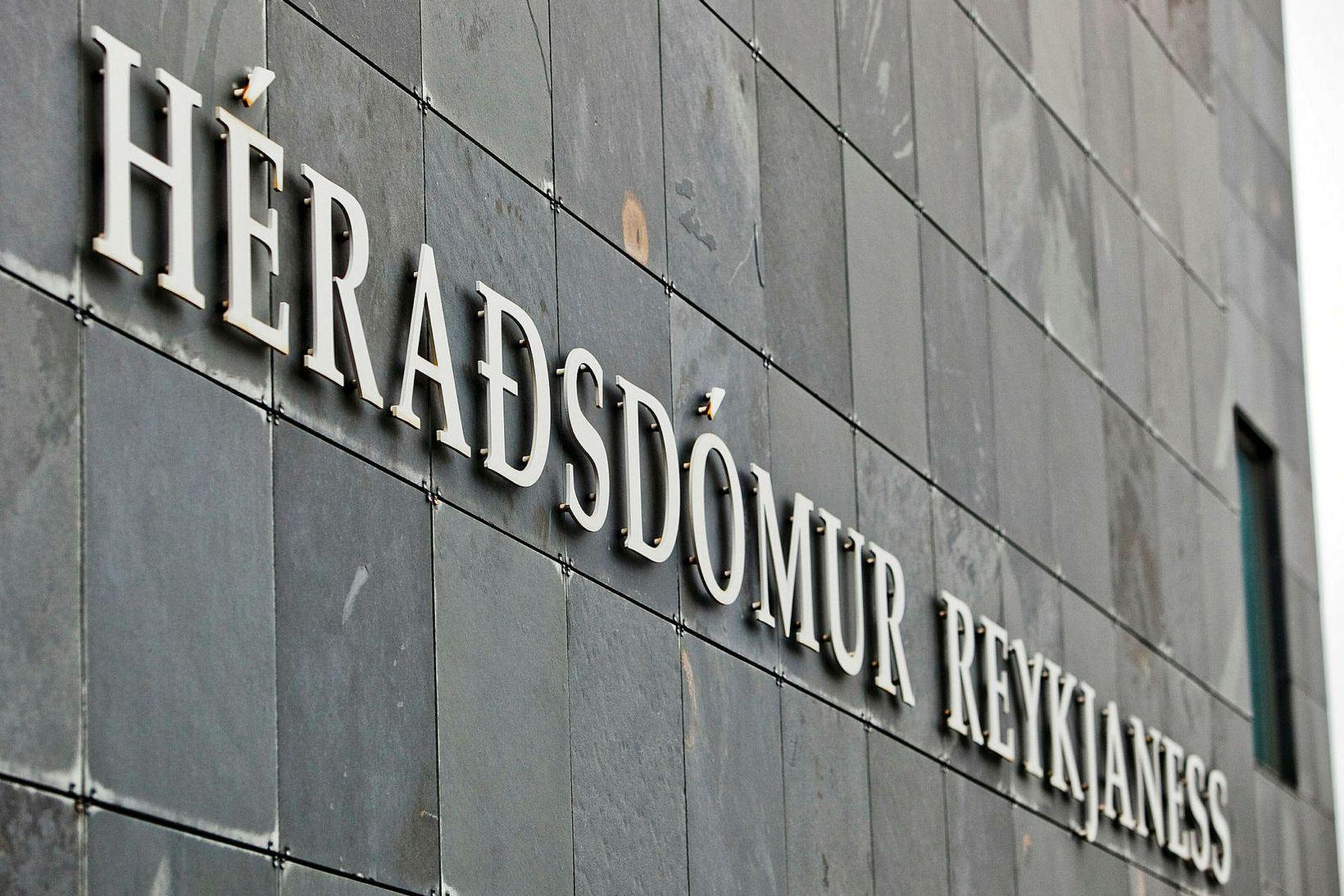 Dómurinn var kveðinn upp í Héraðsdómi Reykjaness.