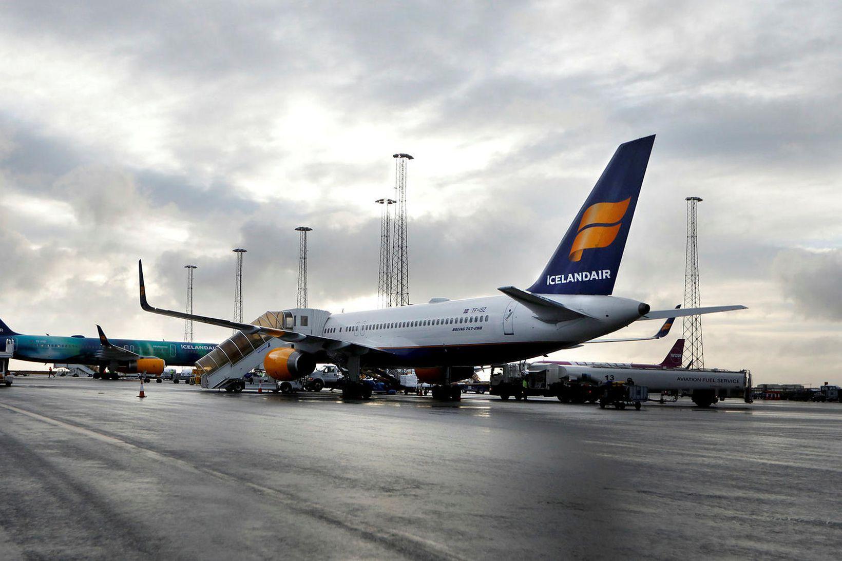 Gengi Icelandair heldur áfram að lækka í Kauphöll Íslands.