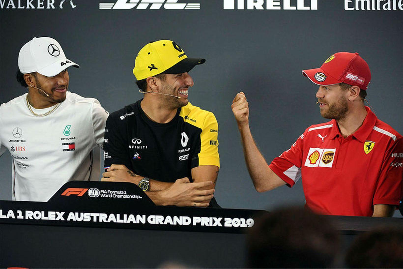 Lewis Hamilton, Daniel Ricciardo og Sebastian Vettel á blaðamannafundi í …