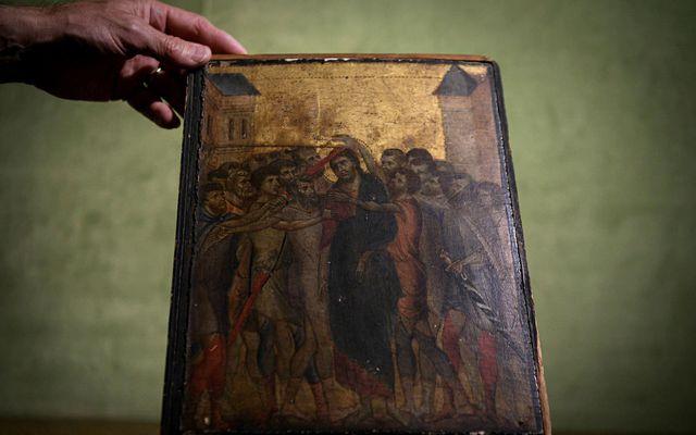 Kristur hæddur heitir þetta verðmæta verk frá 13. öld sem uppgötvaðist nýlega í eldhúsi aldraðrar ...
