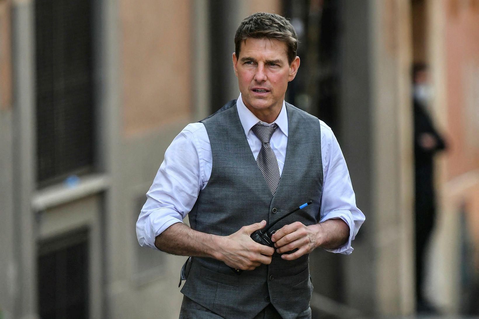 Er Tom Cruise um borð?