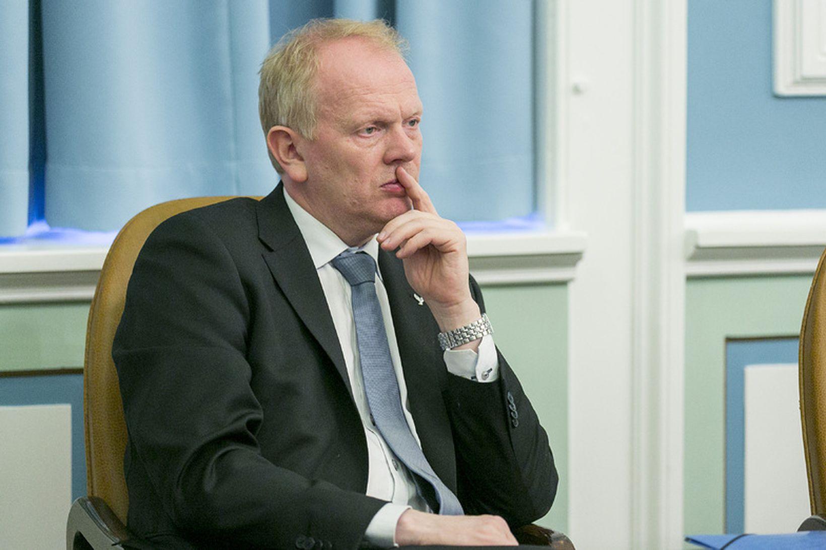 Illugi Gunnarsson menntamálaráðherra - Illugi telur skýrsluna um ástand stærðfræðikennslu …